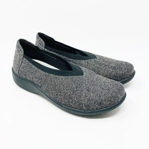 Cloudsteppers by Clarks Soft Cushion Gray Size 6